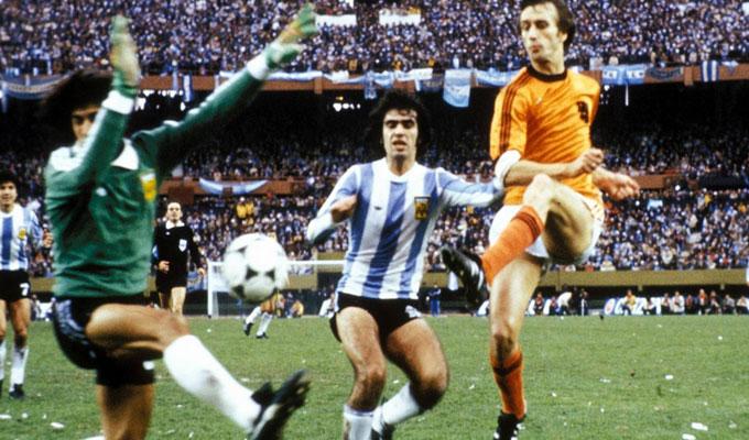 Video revivez la finale pays bas argentine 1978 - Finale coupe du monde 1978 ...