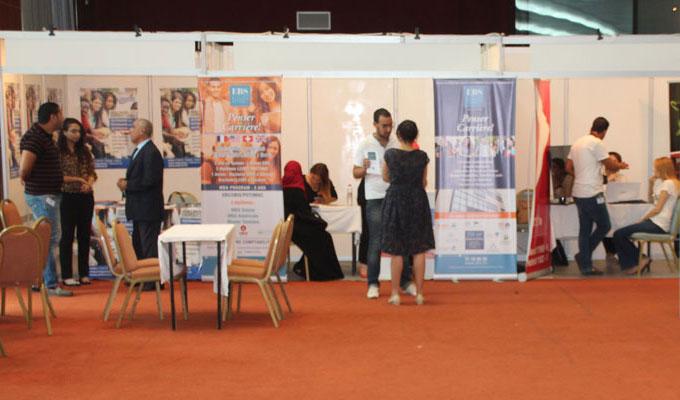 Tunisie ouverture du salon de l 39 tudiant directinfo for Salon du management