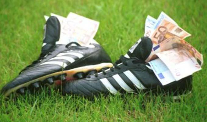 Football Les Joueurs Algeriens Les Mieux Payes Du Championnat