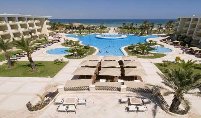 Tourisme le royal thalassa monastir dans le top 100 des for Top 100 hotels