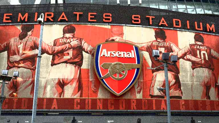 Emirates reste sponsor maillot d'Arsenal jusqu'en 2024 — Angleterre
